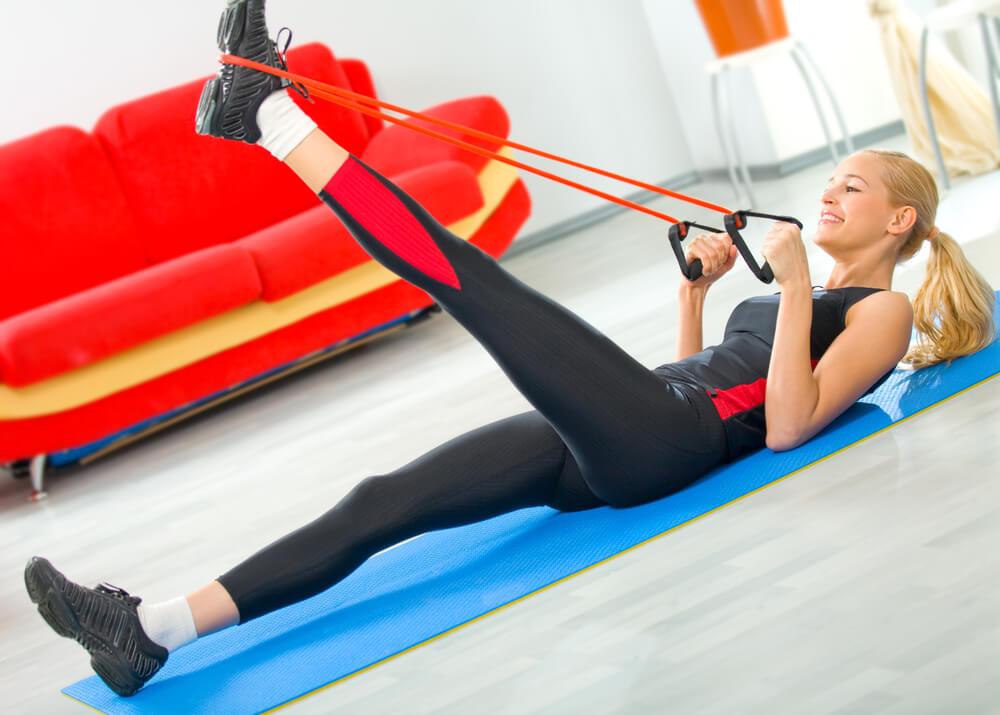 Rutinas para gimnasio en casa convierte tu casa en un - Rutinas gimnasio en casa ...
