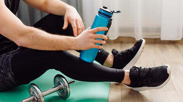 Adaptar los ejercicios del gimnasio en casa