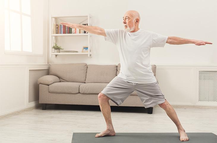 Posturas de yoga para reducir el abdomen