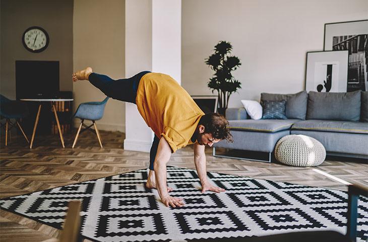 posturas de yoga para fortalecer el abdomen