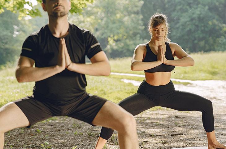 yoga para ganar fuerza